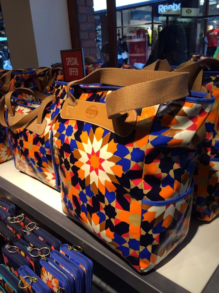 In the Fossil outlet store in the UK. Very nice fourfold patterns. Islamic geometric design
