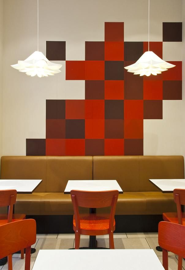 Like: the bench along the wal (gives a booth feel), painted wall, lights, style of chairs