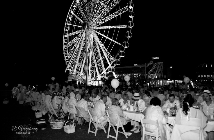 Read more here: http://thegourmetbelle.com.au/blog/white-night/2012/09/03/