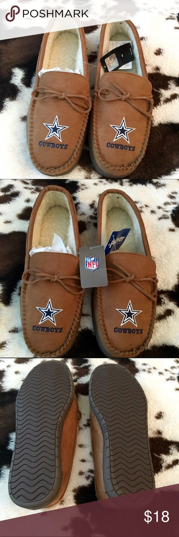 NWT - Men's Dallas Cowboy Slippers Men's Dallas Cowboy Moccasin Slippers. Brand new. Tan in color: faux suede; Sherpa lining. Wipe clean with a damp cloth for cleaning. Size: Medium (8-9). Perfect Christmas gift for that cowboy fan Forever Collectibles Other