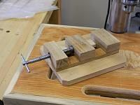 Homemade drill press vise