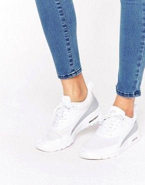 Белые кроссовки с серебристой отделкой Nike Air Max Thea TXT