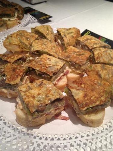 II Concurso de tortillas de Santander, del 5 al 14 de octubre (2012) en el hotel escuela Las Carolinas, Santander  | Cantabria | Spain