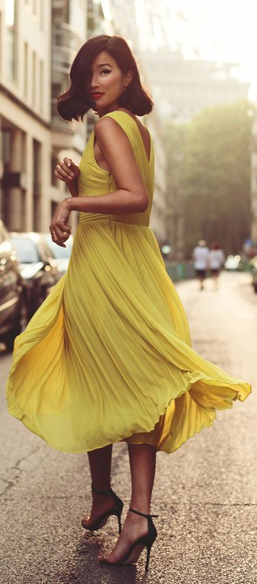 ★ Lively Yellow ★ Lumière ~ Yes, lovely a luminous sunny little dress~ effortless movement! ~