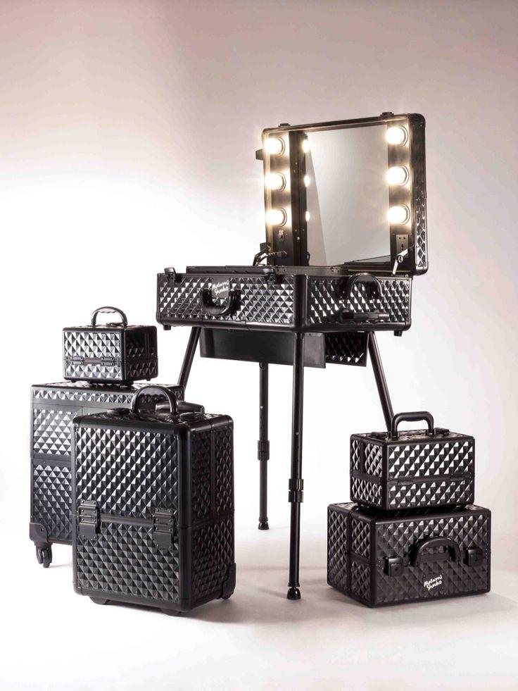 Glamorous Masami Shouko black diamond makeup case