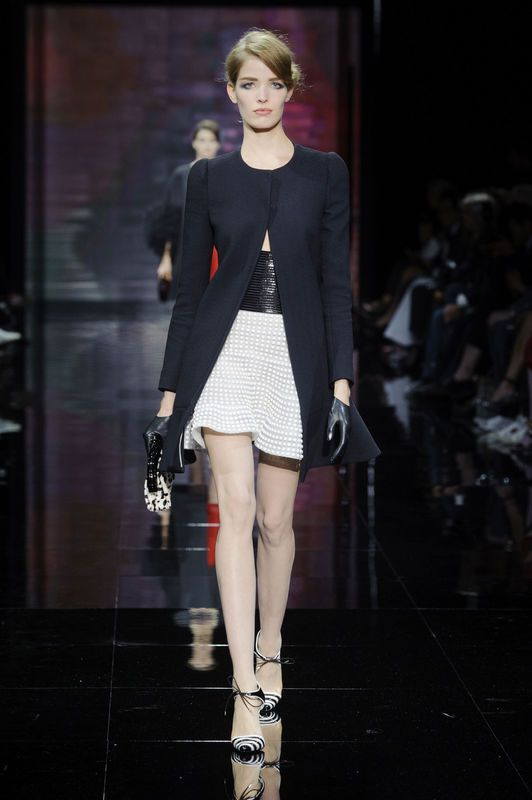 Armani Privé haute couture jesień-zima 2014/2015, fot. Imaxtree