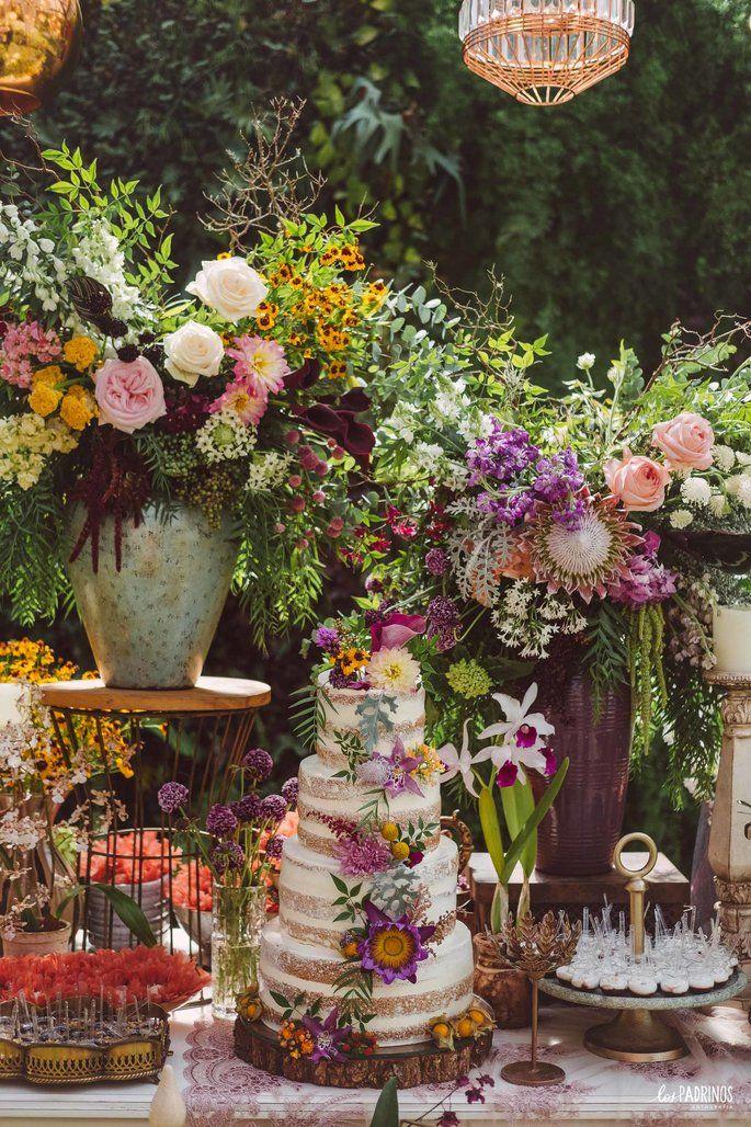 Casamento boho chic de Thaís e Caio: cenário encantador com uma decoração de tirar o fôlego!   – Festas tropical