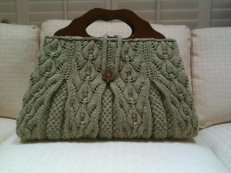 Knitting Ideas | Project on Craftsy: Lacy Leaf Satchel - Summer Interweave Knits 2010