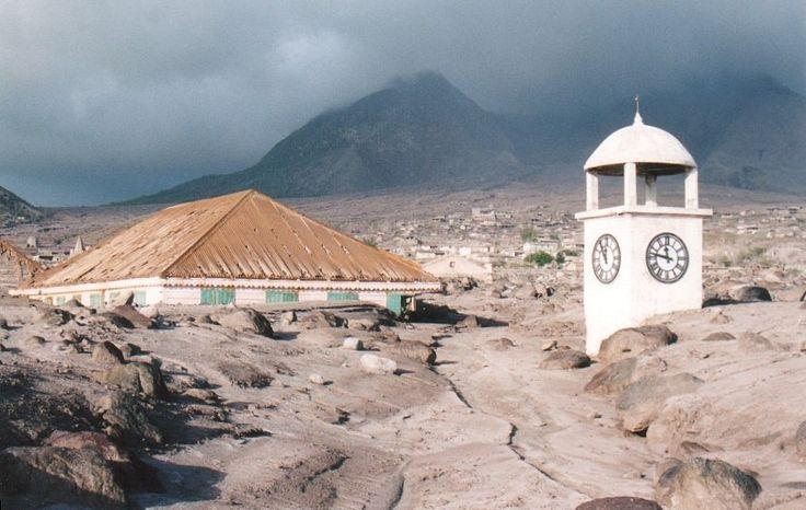 Antigua iglesia de Plymouth enterrada en lava, Isla Monserrat