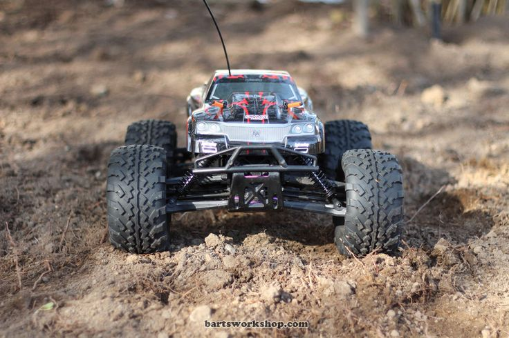 Top 5 Photos of the HPI Savage Flux Stance