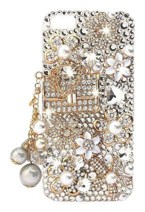 #Case para #celular que pode ser reproduzida em casa usando cola de silicone ou até mesmo cola instantânea para colar adereços semelhantes ao visto na imagem a uma #capinha de silicone lisa do modelo do seu celular. #PhoneCase #CellPhoneCase #Crystal