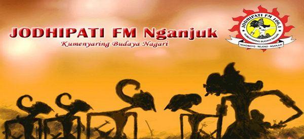 """Bagi masyarakat Jawa Timur yang kebetulan gandrung dengan budaya Jawa, Jodhipati FM bukan lagi nama yang asing. Radio FM yang 100% murni menyajikan siaran budaya Jawa ini berlokasi di Dusun Turi, Ngadiboyo, Rejoso, Nganjuk, Jawa Timur. Melalui slogan """"Kumenyaring Budaya Nagari"""", Jodhipati FM berupaya serius untuk melestarikan dan mengembangkan budaya Jawa dengan segala aspek dan …"""