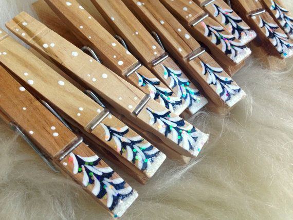 CHRISTMAS CLOTHESPINS painted wood and glitter by SugarAndPaint