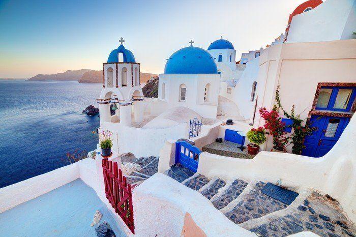 Cuadro en Lienzo Ciudad de Oia en la isla de Santorini, Grecia en la puesta del sol. Mar Egeo. ✓ Fácil instalación ✓ 365 días de garantía de reembolso ✓ ¡Examine otros patrones de esta colección!