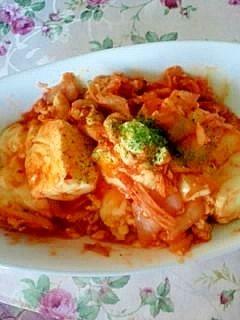 「とっても簡単♪ご飯がススむキムチ豆腐炒め」あっという間に出来るご飯がすすむ1品です^^【楽天レシピ】