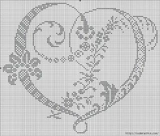 Hobby lavori femminili - ricamo - uncinetto - maglia: filet uncinetto cuore