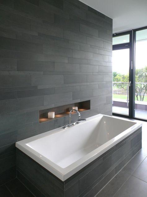 Wohnhaus Solingen : Moderne Badezimmer von Bahl Architekten BDA