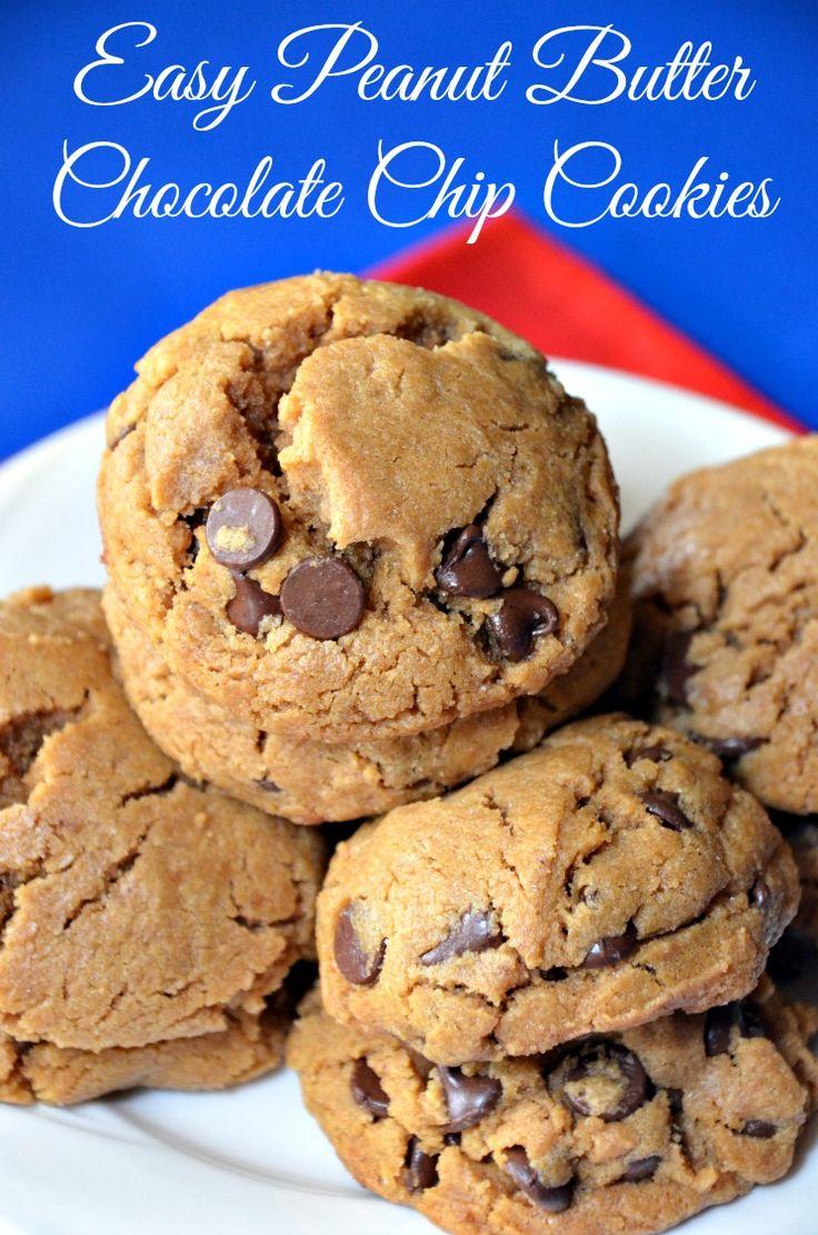 No flour. Easy Peanut Butter Chocolate Chip Cookies - YUM! #cookies #peanut butter #peanut butter cookies