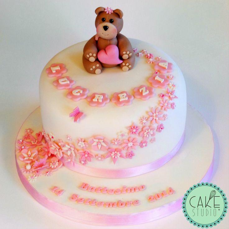torta per Battesimo con orsacchiotto e fiori