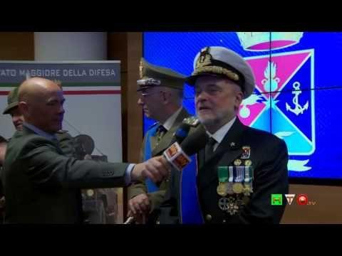 http://www.hdtvone.tv/videos/2015/03/01/cincnav-avvicendamento-del-capo-di-stato-maggiore-della-difesa-fra-lammiraglio-luigi-binelli-mantelli-ed-il-generale-c-a-claudio-graziano-conferenza-stampa