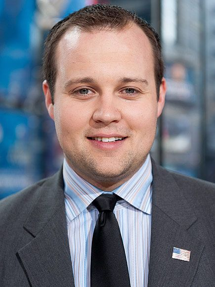 """Uh-oh"" headline #2: ""Duggar Family Edits Out Mention of Josh Duggar's Admitted 'Addiction' to Pornography from Mea Culpa Statement."" Because...honesty is Satanic?"