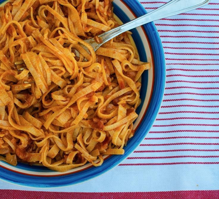 La Tavola Marche: Amatriciana - Pasta Porky Goodness