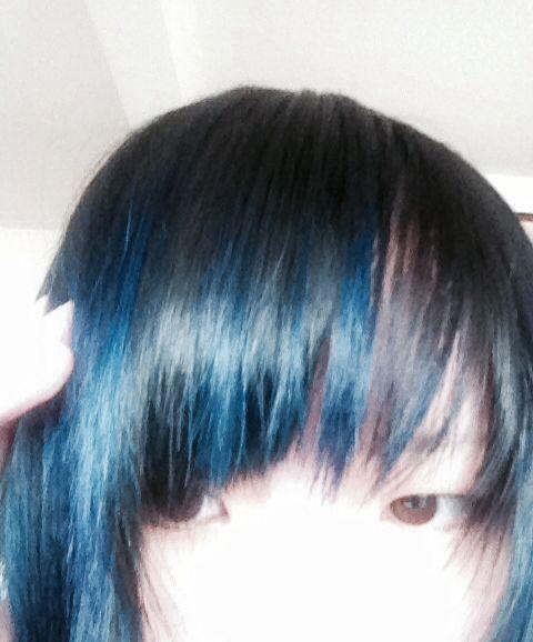 切ったたた(・ω✡)....zzz  Hair dye record: Manic panic After midnight blueX Shocking blue in shampoo and conditioner. (Before: Ultra violet fading layers) -  Homepage...☽ http://retsumeltingrey.yukimizake.net Facebook...☽ https://www.facebook.com/retsumeltingrey Twitter...☽ @meltingrey Main instagram...☽ @meltingrey