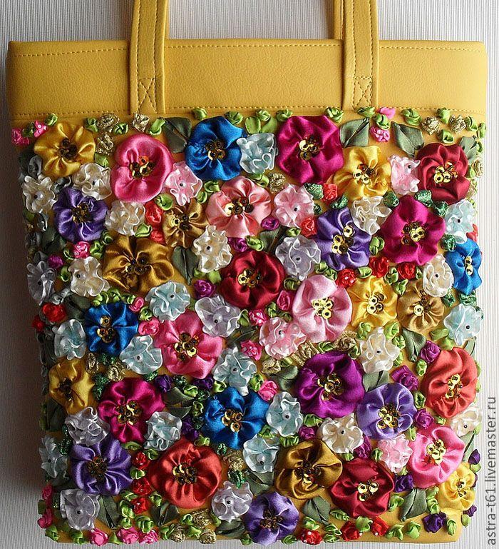 Вышитые сумки ручной работы