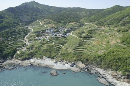 Namhae, Kyeongsangnamdo 경상남도 남해군 가천 다랑이마을, 독일마을, 상주은모래비치