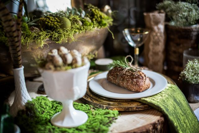 Love this Earthy tablescape photographer was Chris Ohta