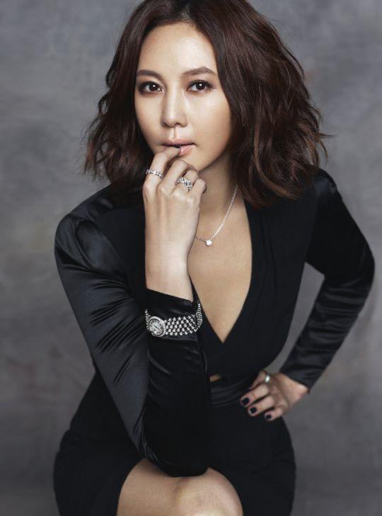 배우 김남주