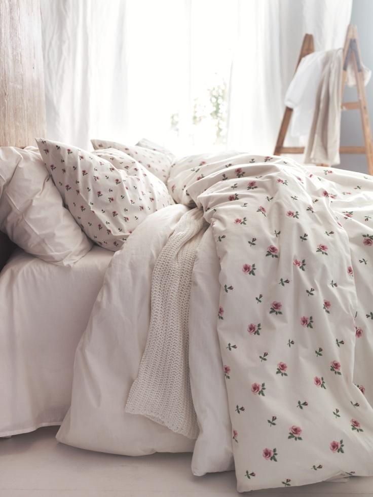 Dorm Room Ideas Pink Comforter