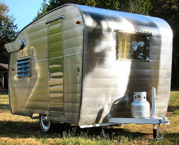 Shasta vintage camppers trailers