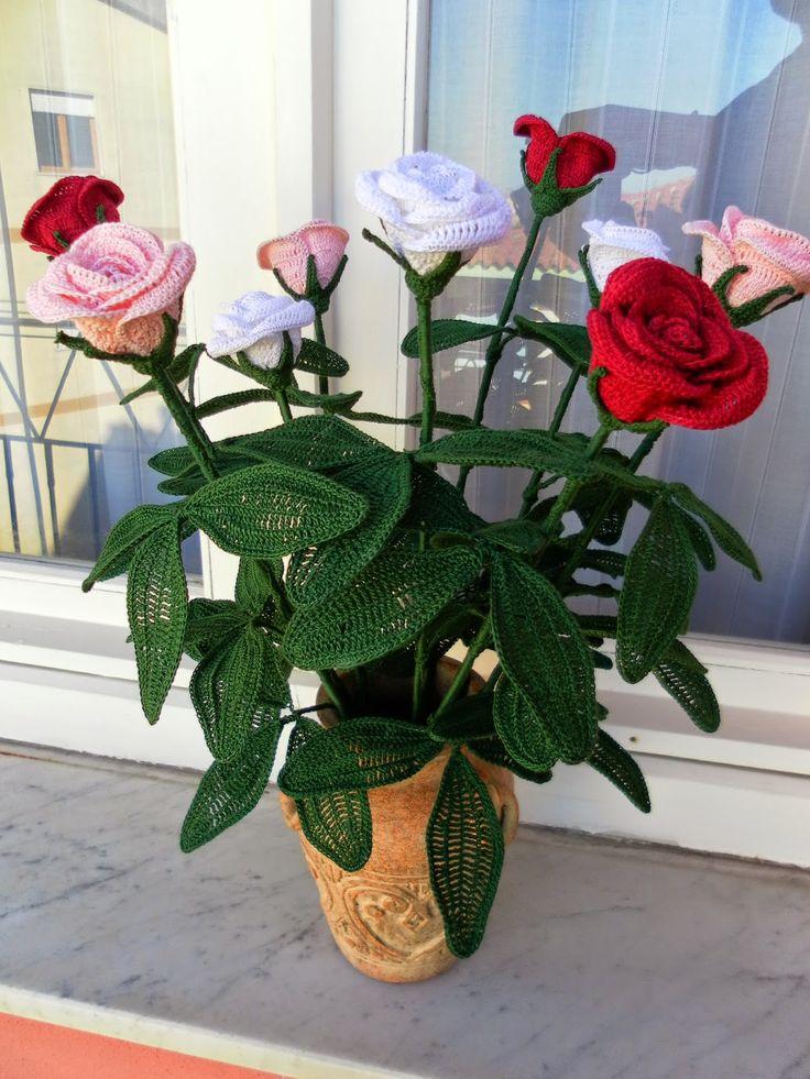 91 best Rosas a crochet images on Pinterest   Flores de ganchillo ...