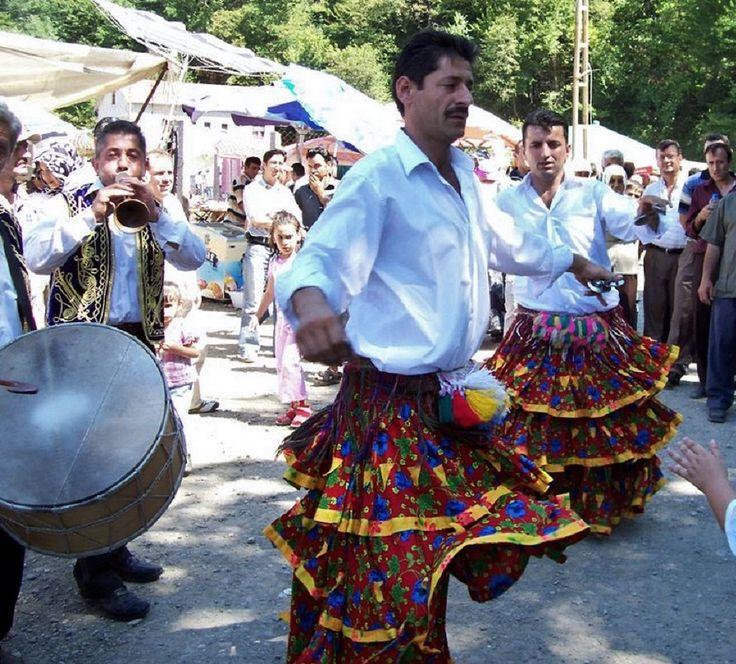 KÖÇEK (Dancing boy). 'Köçek'-dancers at a fair. Kastamonu province, Summer 2007.