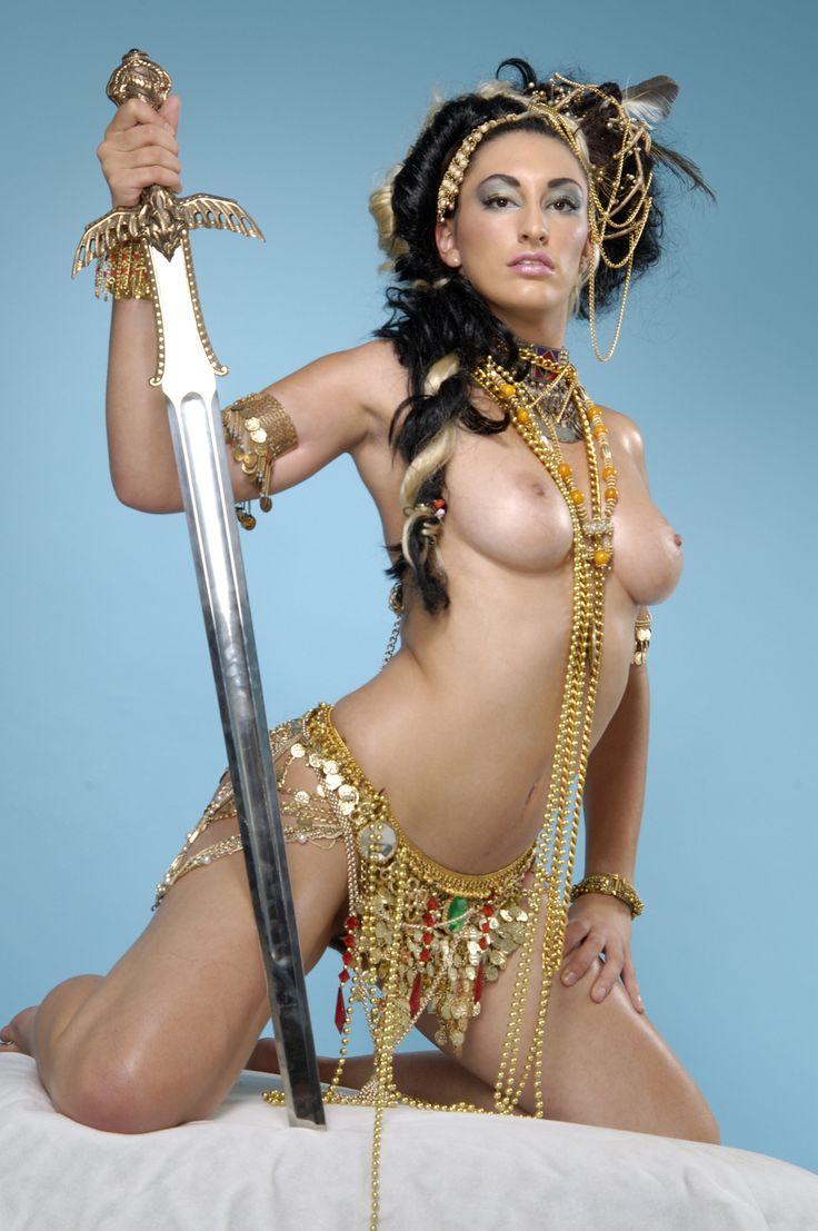 Wet latina pussy nude