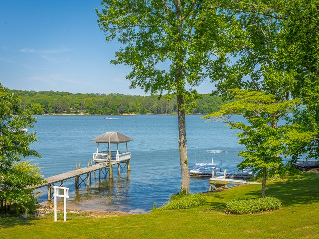 Just listed. Waterfront home in Harrison. www.6532WacondaPoint.com. Views of the lake from almost every room! Year around deep water! Oversized deck with Gunite pool and boat dock. 5 BR, bonus room, & sunroom, & 2-car garage. MLS#1245912. $799,900. Call The Paula McDaniel Group at 423-355-0311 or at Real Estate Partners at 423-362-8333 to schedule your tour of 6532 Waconda Point Road today! Equal Housing Opportunity Licensed in TN and GA. #waterfrontHomeForSale #bestchattanoogarealtor