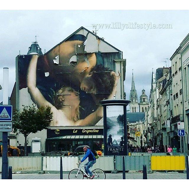 #buongiorno dalla mia amata #angers 😊 https://lillyslifestyle.com/?s=angers #lillyslifestyle #inviaggioconlilly2016 #valledellaloira #valledellaloiraconlilly #francia #france @angersloiretourisme #angersémoi #angersemoi