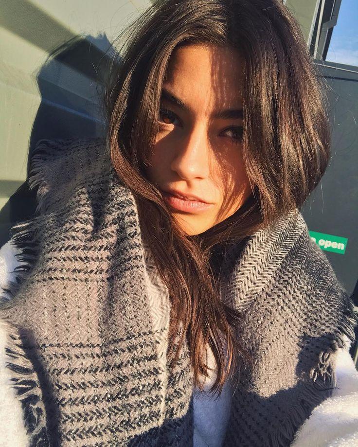 "3,131 Likes, 19 Comments - Rocío Crusset (@rociocrusset) on Instagram: ""Sun kissed London today  Next destination...✈️"""