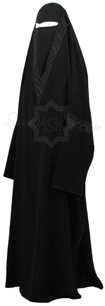 Black Diamond Overhead Abaya by Sunnah Style #SunnahStyle #Islamicclothing #abayastyle