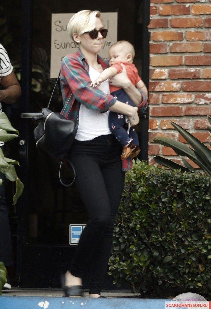 скарлетт йоханссон 2015, дочь скарлетт йоханссон, как назвала дочь скарлетт йоханссон, дочь скарлетт йоханссон роуз, дочь скарлетт йоханссон 2015