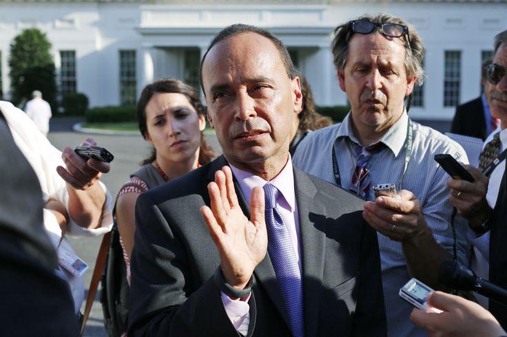 Rep. Luis Gutierrez tells Hispanics to vote and 'punish those' who oppose amnesty - Washington Times