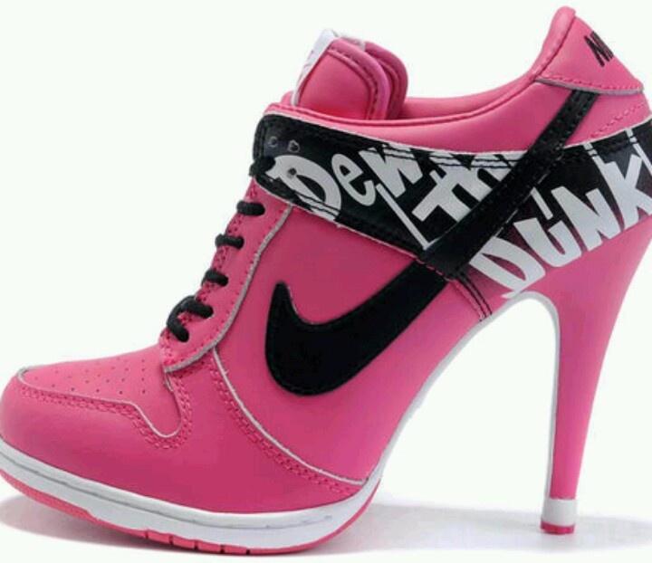 Tenis de Salto Alto Nike