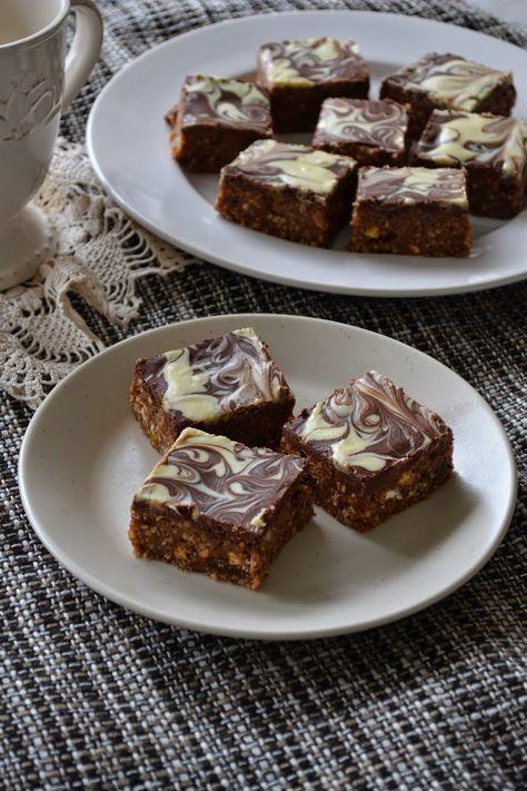 Gál Edith a konyhában: Csokis mazsolás szelet- sütés nélkül