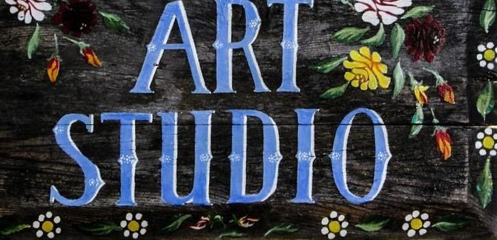#műterem #studio Nulla bevezető nélkül akkor nézzük meg, hol készülnek a kis csapat által alkotott csodák, melyekről már rengeteg cikk szólt