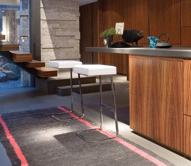 MI76 stools designed by Mies Van Der Rohe for Four Seasons Hotel in NYC  Any kitchen would like to have one!!