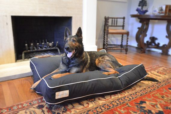 Black and White Dog Beds // Modern Pet Beds // Durable Dog Bed // Designer Pet Bed perfect addition to home decor! Small / Medium / Large