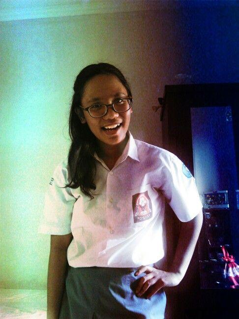 Schoolie girl