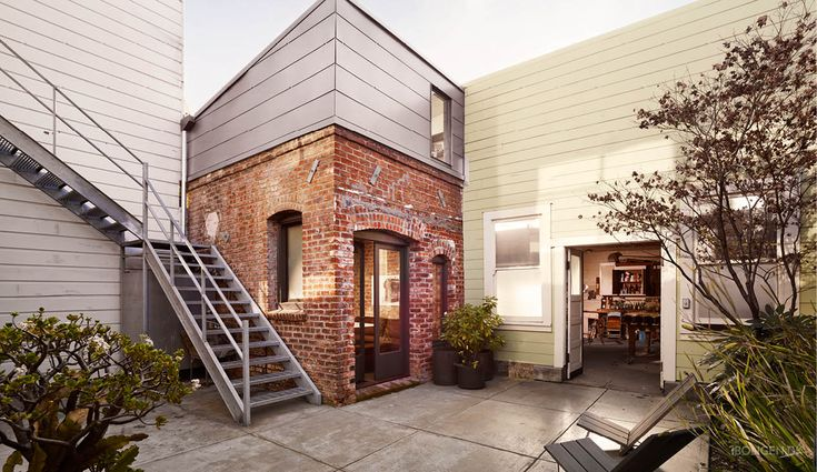 Transformation: From a 15 sqm boiler room to a modern guest house.