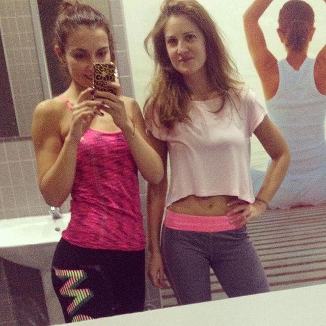 WEBSTA @ sofil88 - Hoje tive companhia no treino 😄💪🏼👊🏼..............#monday #segundafeira #workout #mondayworkout #done #fitness #fit #fitgirl #behealthy #healthylife #lifestyle #gym #ginásio #exercise #befit #fitnessgirl #motivation #inspiration #like4like #likeforlike #gogo #todaysworkoutdone #bestrong #bepositive #positivelife